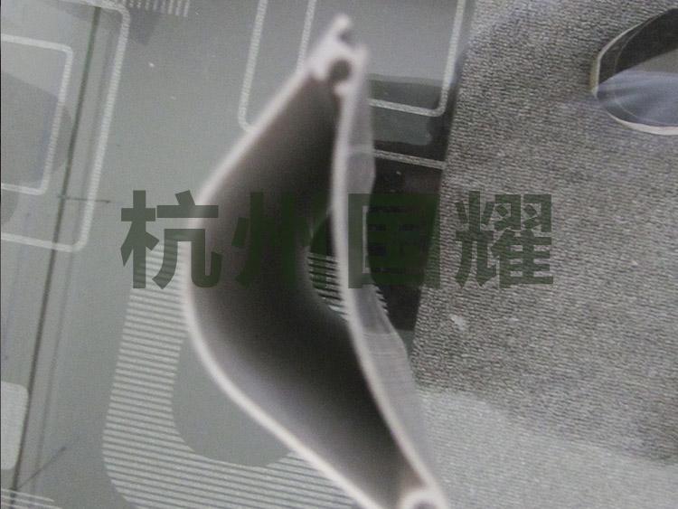 铝型材在使用效果上的主要特征